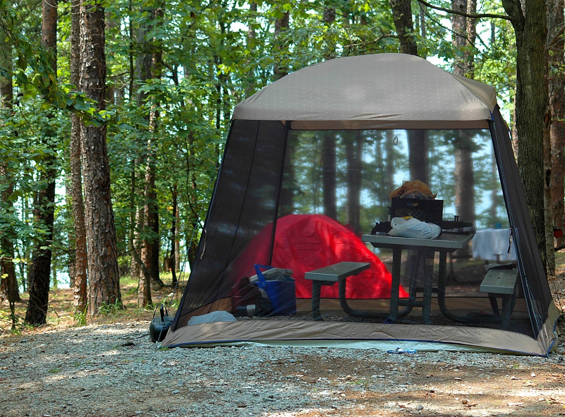 Vacances en famille en camping lac de Sainte Croix